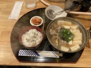くにき肉豆腐定食