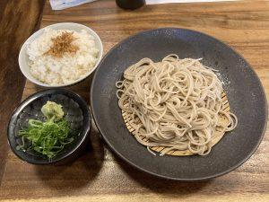 鯛炊き蕎麦とおかずきしそば定食