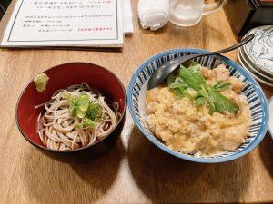 鯛炊き蕎麦とおかずきし親子丼セット