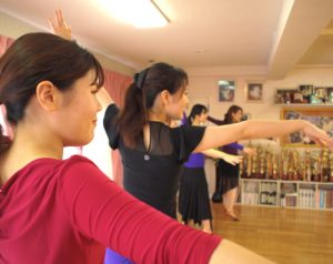 ナラサキダンスアカデミー