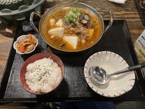 くにき難波店麻辣肉ホルモン豆腐